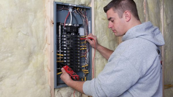 Residential Electrician Forest Hills MI