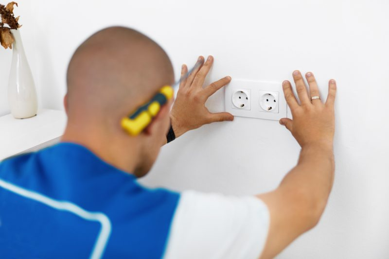 Electricians in Lowell MI